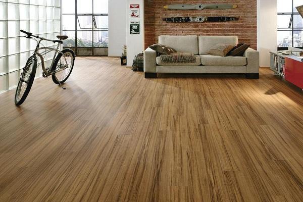 Đánh bóng sàn gỗ công nghiệp ở đâu uy tín giá rẻ tại TP.HCM?