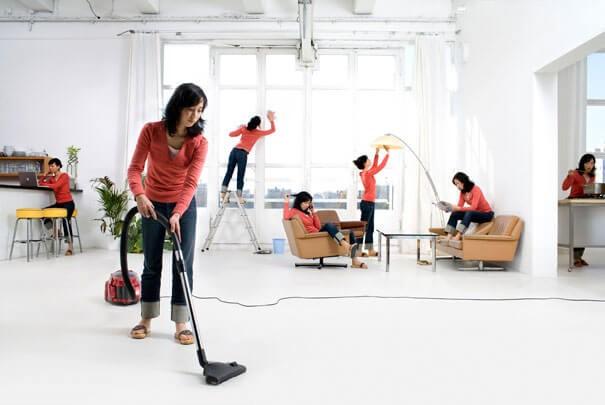 Làm vệ sinh sàn nhà nên dùng dung dịch chuyên dụng
