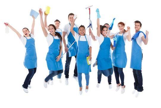 Nhân viên vệ sinh chuyên nghiệp tận tâm là điểm cộng của công ty