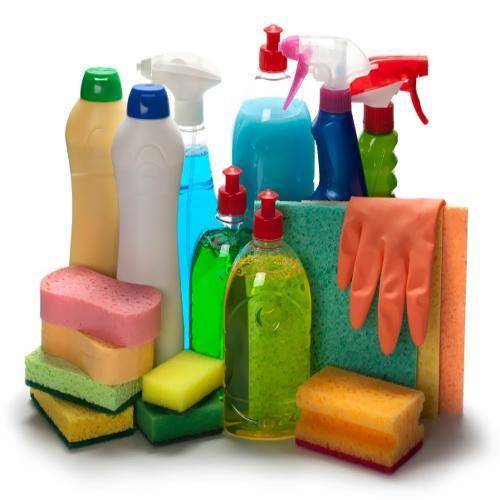 Hóa chất để vệ sinh nhà sạch tùy từng trường hợp