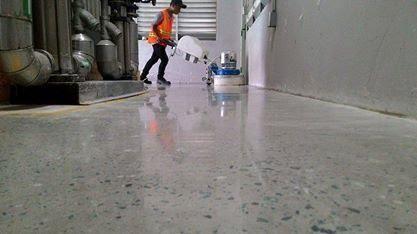 Dịch vụ đánh bóng sàn bê tông HCM uy tín, chất lượng